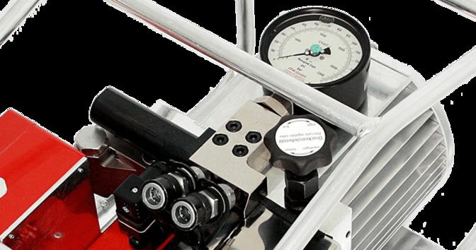 2 гидравлических соединителя, клапаны для регулирования давления, манометр