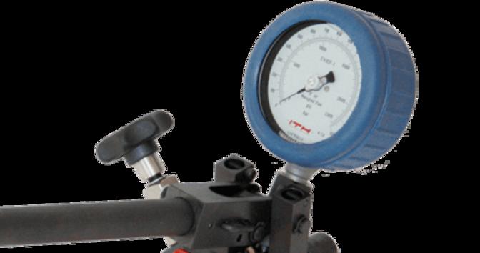 Клапан для регулирования давления и манометр
